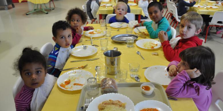 le restaurant scolaire de saint genis