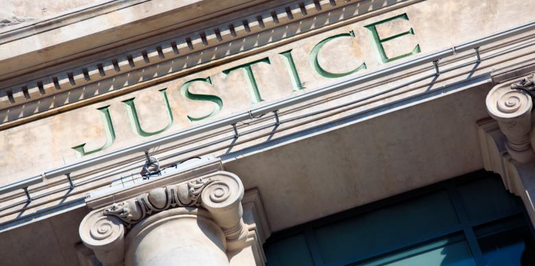 la justice à saint genis